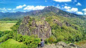 wisata gunung nglanggeran